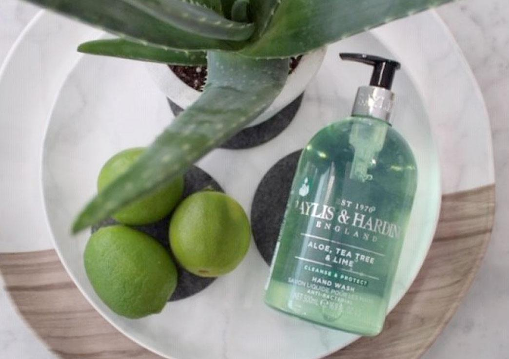 Image for Aloe, Tea Tree & Lime